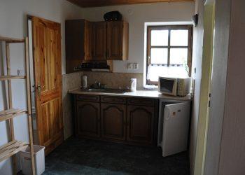 kuchyňka v chalupě